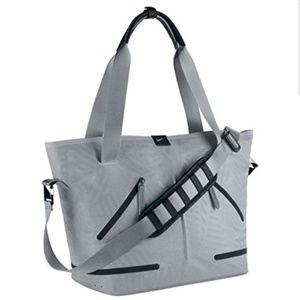 Nike Women's Formflux Tote Gym Bag Grey
